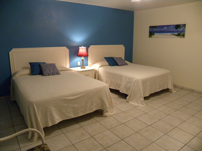 Bedroom 154 E Aruba Quality Apartments